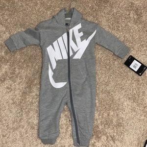 NWT Baby Boys 9Month Nike Coverall